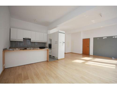 Appartement te huur in Sint-Gillis, € 1.100