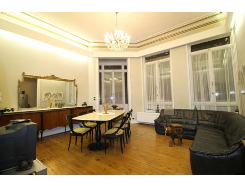 Appartement te koop in Brussel, € 359.000