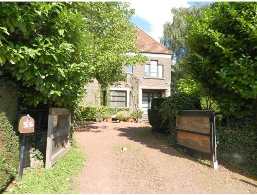Huis te koop in drieslinter gs35b co immo for Buitenverblijf met vijver te koop