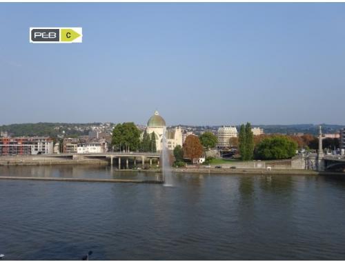 Appartement te koop in Liège, € 325.000