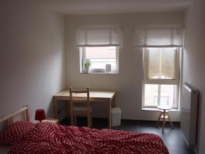 Een pand waarin maximum 5 studenten verblijven.<br /> Alle kamers beschikken over grote ramen met veel daglicht, verduistering incl. <br /> Alle kamer