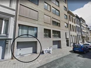 Vak aan het politiekantoor en Stadspark zijn er nog enkele parkingplaatsen te huur op de ondergrondse verdieping. Plaatsen worden minimum per jaar ver