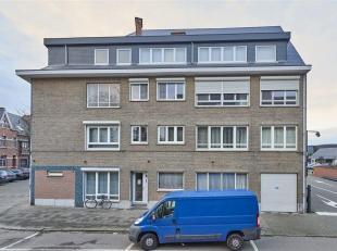 In Hasselt vinden we dit leuk en zeer ruim instapklaar appartement met vier slaapkamers, terras, ondergrondse kelderberging (8m²) en een gemeenschappe