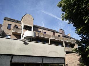 Centraal gelegen appartement voor eigen woonst of investering, op enkele minuten wandelen van de Grote Markt en de winkelstraten.<br /> Gelegen op het