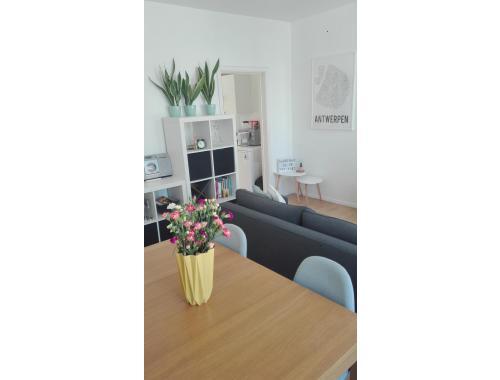 Appartement te huur in Antwerpen € 575 (HPCSG) - - Zimmo