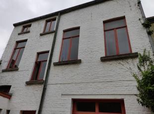 Grote burgerwoning te huur in het hartje van Gent. Kan, met z'n 7 slaapkamers gebruikt worden als gemeenschapshuis. Het huis beschikt over een ruim te