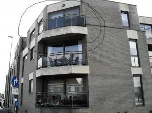 Appartement op de 2de verdieping van een net appartementencomplex.<br /> Het appartement beschikt over 1 grote slaapkamer.<br /> De slaapkamer is uitg
