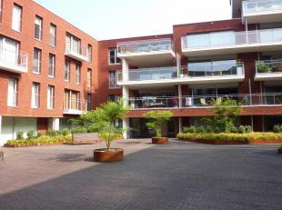 Mooie recente flat in de prestigieuze Residentie Waterside aan de Vaartkom in Leuven. Hoekappartement op de 1ste verdieping Mooie kwalitatieve afwerki