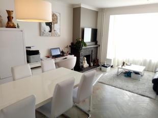 Te huur appartement Tongeren centrum (Achttiende-Oogstwal 3): eerste verdieping.<br /> Beschikbaar vanaf 1 november.<br /> Bestaat uit 1 living met pa