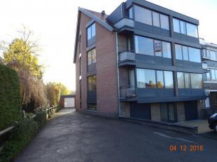 Gerenoveerd appartement met veel lichtinval in groene rustige omgeving dicht bij centrum Diest. Tweede verdieping: 79m²  +terras+privé kelder+garage.<