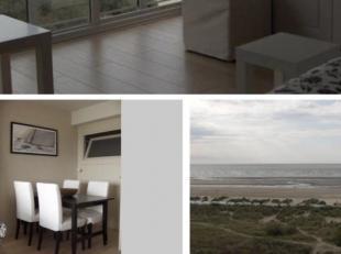 Appartement met zicht op zee in Oostduinkerke-bad, bedkast (2p) en stapelbed (2 p) in slaapkamer