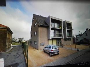 ALLE KOSTEN syndic INBEGREPEN in prijs!  Modern (2006) lichtrijk volledig gelijkvloers appartement dat aanvoelt als een huis.  Zeer rustig en landelij