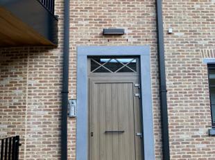 Stijlvol duplex-appartement (bouwjaar 2017), rustig gelegen in de kleinschalige residentie Domus Belgae en vlakbij de Grote Markt met mooie verre uitz