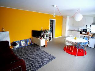 Recent gerenoveerd instapklaar appartement van 78 m² in Runkst. Twee slaapkamers, volledig ingerichte keuken en woonruimte met veel lichtinval.<br />