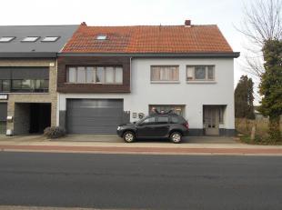 vroeger schijnwerkerij in 2002 omgebouwd tot woning en appartement met werkhuis<br /> van 100 m²<br /> zolder ,2sl en een badkamer grote hal met livin