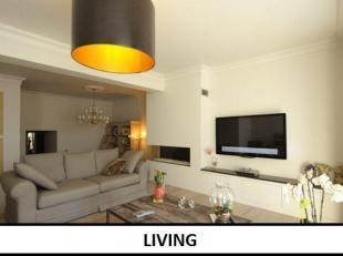 Dit prachtige gelijkvloers 'loft'-appartement van wel 140m2 ligt op slechts enkele meters van de Groene Boulevard en bevindt zich in een zeer mooi, kl