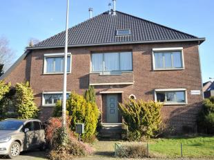 Mooie, instapklare en karaktervolle woning gelegen in de Heilig Hartwijk binnen de grote ring van Hasselt. Volledig onderkelderd: garage voor één auto