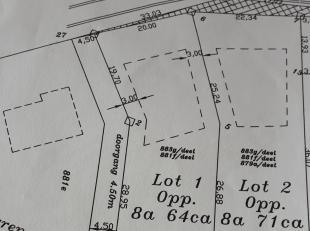 2 stukken bouwgronden(open) te koop ;mooi landelijk gelegen in hofstraat langs nr 60