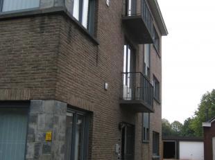 Zeer mooi appartement op de 2de verdieping te huur.<br /> Het appartement maakt deel uit van een half open appartementsgebouw.<br /> Het appartement b