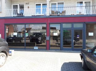 Uniek handelspand te huur gelegen kort nabij de grens met Maastricht.<br /> ongev. 225m2 winkelruimte, sport of kantoorgelegenheid.<br /> Huurprijs 13