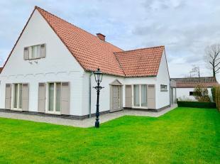 Deze ruime gerenoveerde woning gelegen in Halen met 4 slaapkamers beschikt over een grote zuidgericht tuin. Perfect onderhouden en met stijl ingericht