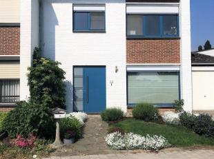 Gerenoveerde instapklare driegevelwoning met 3 slaapkamers, garage en tuin op toplocatie te Heverlee, in een gezellige en kindvriendelijke buurt vlakb