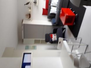 À vendre : Studio meublé avec piscine. Gestionnaire de la résidence Zeedijk, 8430 MIDDELKERKE, avec vue sur l'arrière-pays. 5e étage.<br /> <br /> -Re