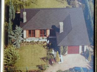 Kwaliteitsvolle woning te koop in groene omgeving<br /> <br /> Deze woning werd door de eigenaar zelf gebouwd in 1972 met de allerbeste materialen zoa