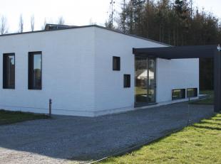 Deze fonkelnieuwe woning, uniek in zijn soort, gelegen in rustige en kindvriendelijke groene omgeving van Haacht, situeert zich op 2,5 km van het cent