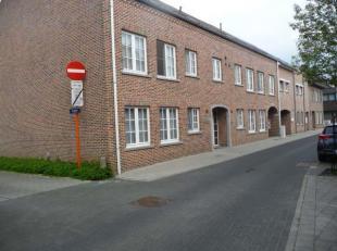 Totaal nieuw gerenoveerd appartement gelegen op 100 meter van het centrum van Bree.<br /> De totale opp. is 92m², EPC is 241 kWh/m²jaar. Keuring elekt