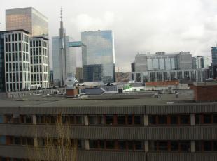 Overdekte binnen-staanplaats te huur centrum Brussel in de Noordwijk vlakbij Proximus, Engie ect...