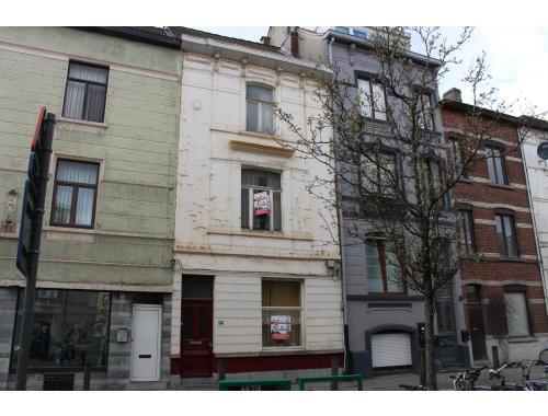 Woning te koop in Gent, € 230.000