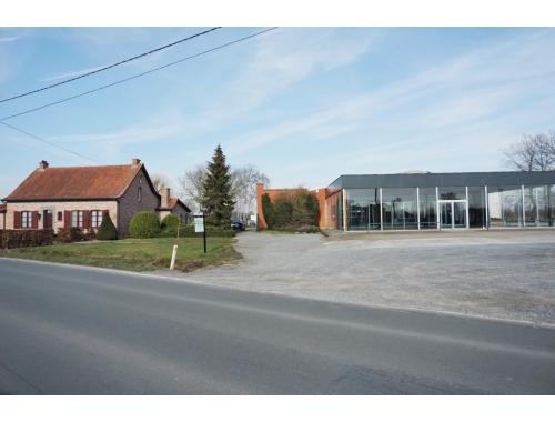 Bedrijfsgebouw te koop in Evergem, € 950.000