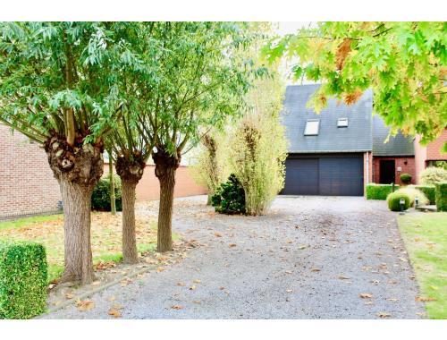 Woning te koop in Schellebelle, € 495.000